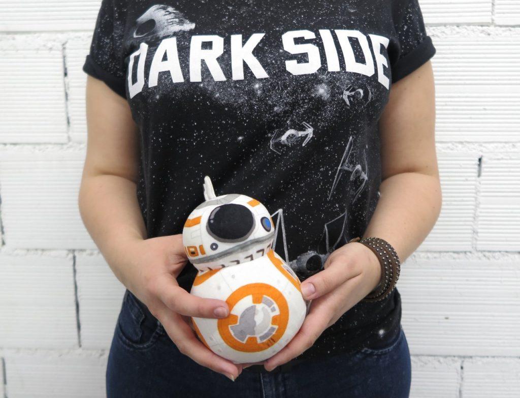 BB-8 pelúcia