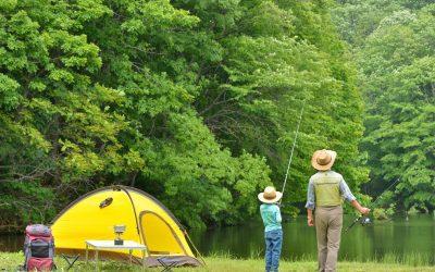 Vamos acampar? 12 dicas e itens para organizar o melhor acampamento de sempre