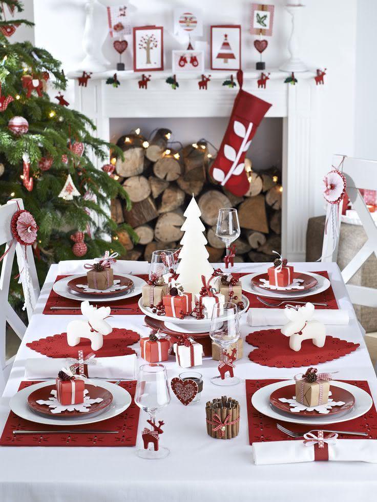 Mesa da ceia de Natal