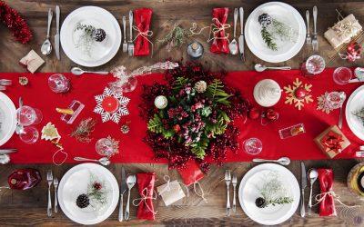 Mesa da ceia de Natal: 8 ideias simples e práticas para decorar