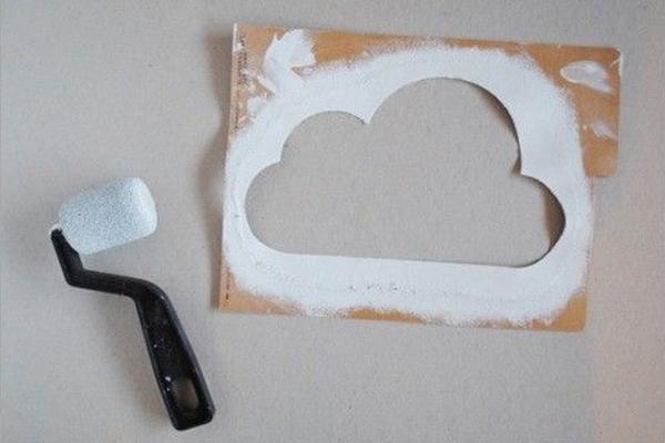 pintura de nuvens na parede